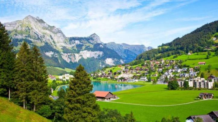 engelberg-the-great-mountain-village-in-zurich-118114_crop_flip_800_450_f2f2f2_center-center
