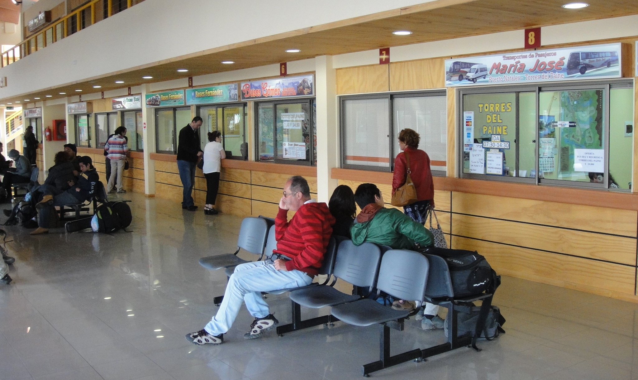 bus-station-puerto-natales